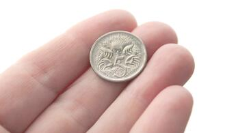 five-cent-coin-or-a-nickel-in-australian-currency-aud-featuring-an-echidna_t20_mLrG3E