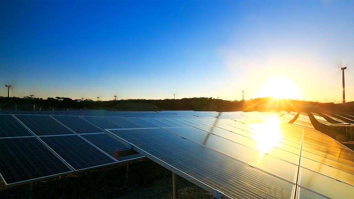 solar-energy-solar-power-alternative-energy-renewable-and-sustainable-energy-sources-solar-panels_t20_ywZ1R0
